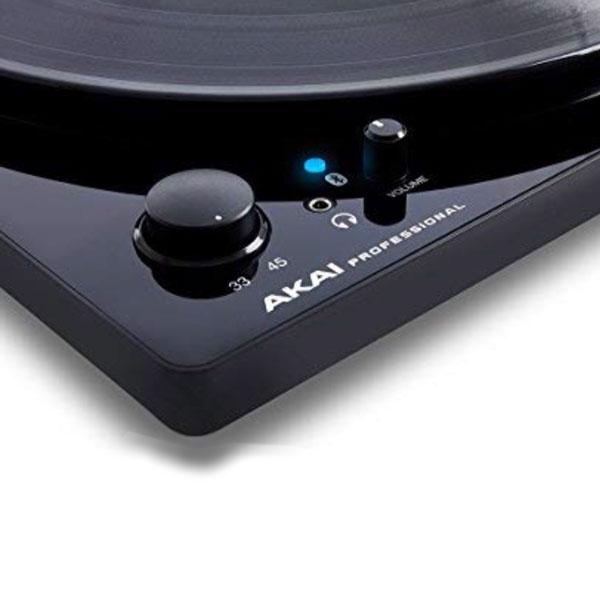 デジタル機能が充実したレコードプレーヤー